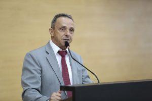 Lazinho da Fetagro propõe atendimento preferencial à portadores de fibromialgia