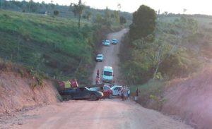 Três veículos se envolvem em acidente na zona rural de Vale do Anari