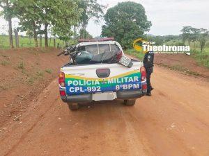 THEOBROMA: Para não ser preso, foragido da justiça foge da PM, cai da moto e se esconde em mata