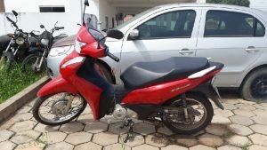 Após denúncia moto furtada é recuperada pela PM em Jaru