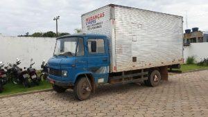 Polícia Militar persegue suspeito e captura caminhão baú furtado de estacionamento em Jaru