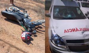 Acidente envolvendo motocicleta e ambulância deixa ferido em Vale do Anari