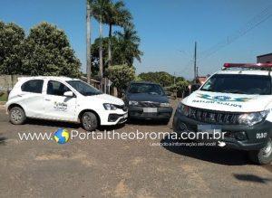 Motorista invade preferencial e provoca acidente no centro de Theobroma